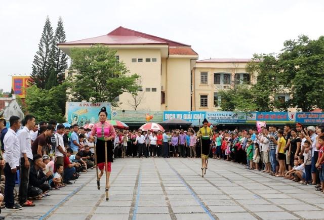VPUB - Tổ chức các hoạt động kỷ niệm 75 năm Ngày Cách mạng tháng Tám thành công và Ngày Quốc khánh nước CHXHCN Việt Nam