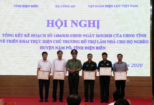 VPUB - Làm mới, cải tạo và sửa chữa 613 nhà cho hộ nghèo huyện Nậm Pồ