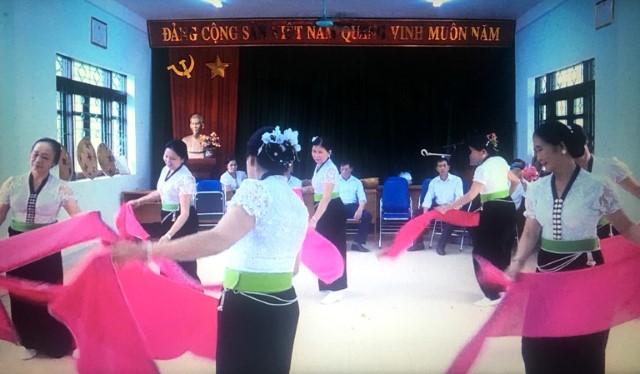VPUB - Người cao tuổi Mường Lay đẩy mạnh phong trào văn hóa, văn nghệ, phục dựng, bảo tồn phát triển bản sắc văn hóa dân tộc Thái
