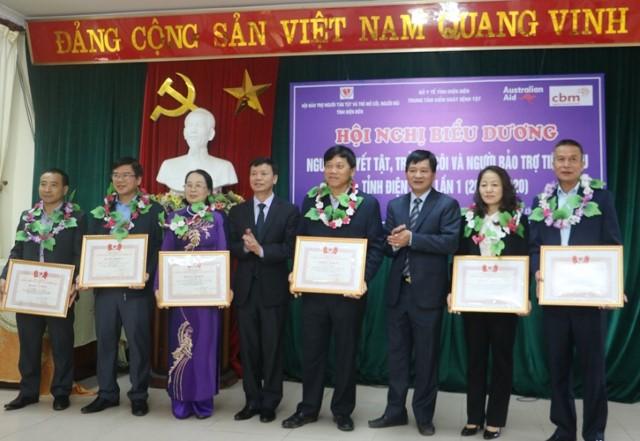 VPUB - Biểu dương người khuyết tật, trẻ mồ côi, người bảo trợ tiêu biểu tỉnh Điện Biên lần thứ nhất